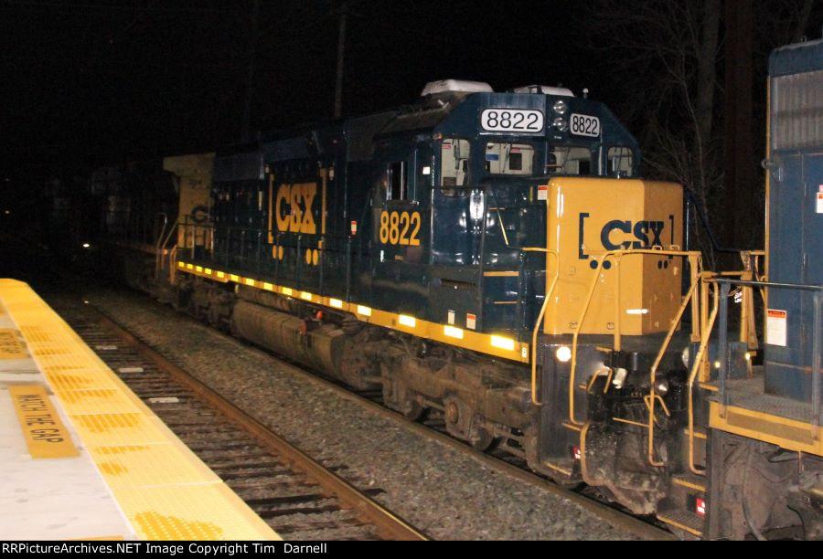 CSX 8822  third on Q190